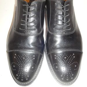 Johnston & Murphy Black Leather Oxford